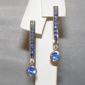 Transitioning Blue Sapphire (H)* Dangle Earrings 18KYG 3.00 ctw
